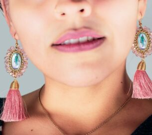 How Your Earrings Complete Your Outfit
